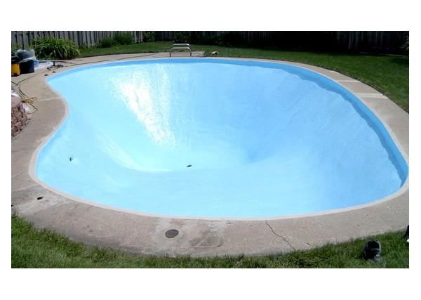 Pool resine de protection pour bassins et piscines for Resine pour piscine beton